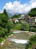 Fiume Italia del villaggio di Belluno Fotografia Stock Libera da Diritti