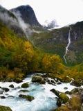 Fiume magico della valle del ghiacciaio fotografia stock libera da diritti