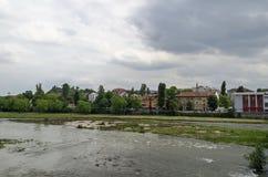Fiume Maritsa nella città di Filippopoli Fotografia Stock