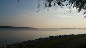 Fiume Mississippi Rocky Shoreline Immagine Stock