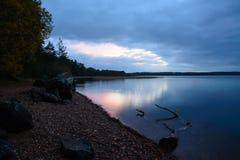Fiume nel tramonto Fotografia Stock