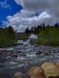 Fiume nelle montagne - Norvegia Fotografia Stock