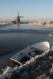 Fiume olandese congelato Fotografie Stock