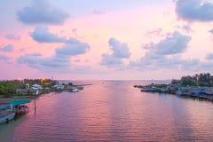 Fiume Prasae il golfo del Siam di sera Immagine Stock