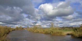 Fiume Severn al ponte del biancospino fotografie stock libere da diritti