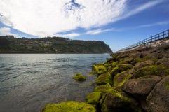 Fiume soggetto alle maree di Rodiles Immagine Stock