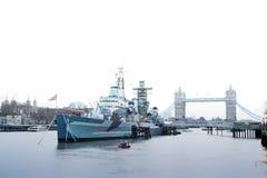 Fiume Tamigi Londra Regno Unito di Hms Belfast Fotografia Stock Libera da Diritti