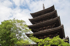 The five-story buddhist toji pagoda in Kyoto, Japan Stock Photography