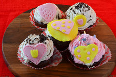 Five Valentine love muffins Royalty Free Stock Photos