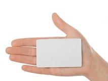 Fixation femelle par la carte de crédit de main Photo libre de droits