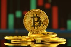 Fizyczna wersja Bitcoin, nowy wirtualny pieniądze Fotografia Royalty Free