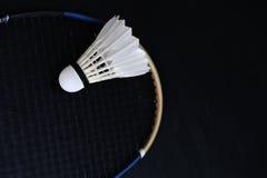 Fjäderboll- och badmintonracket Royaltyfri Foto