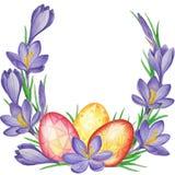 Fjädra blommabanret av krokusar och easter ägg mörk paper vattenfärgyellow för forntida bakgrund Arkivfoto