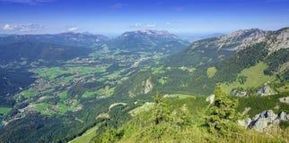 Fjällängar av Bayern, Tyskland Berchtesgaden Arkivfoto