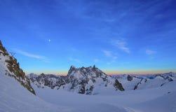 Fjällängar landskap på Aiguille du Midi Royaltyfri Fotografi