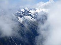 Fjällängarna - insnöad sommar i Österrike royaltyfri fotografi