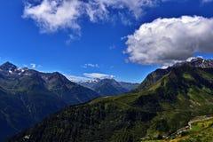 Fjällängpanorama i Österrike 1 Fotografering för Bildbyråer