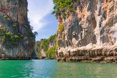 Fjärd av den Phang Nga nationalparken i Thailand Arkivfoto