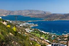 Fjärd av Elounda i Crete Arkivfoton