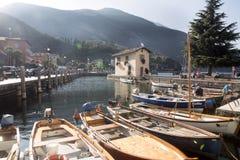 Fjärd sjö Garda, Torbelone, Italien Royaltyfria Bilder