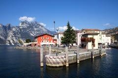 Fjärd sjö Garda, Torbelone, Italien Arkivfoto