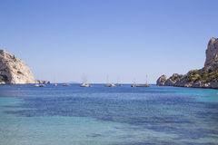 Fjärd Sormiou i Calanquesen nära Marseille i södra Frankrike Royaltyfria Bilder