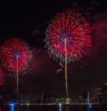 Fjärdedel av Juli fyrverkerier New York City Arkivfoto