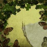 Fjärilen dimensionerar och murgrönaen Royaltyfria Bilder