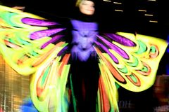 fjärilsdansarekvinna Fotografering för Bildbyråer