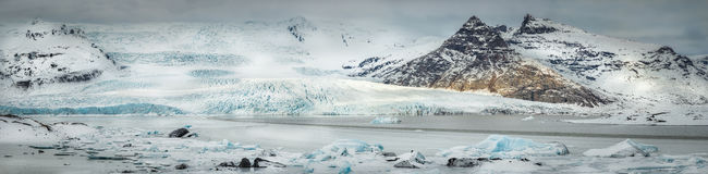 Fjallajokull冰川和冰盐水湖 免版税库存图片