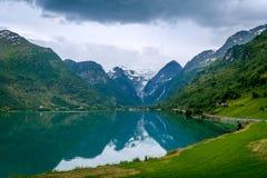Fjord d'Oldevatnet, Norvège Images stock