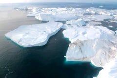Fjord de glace d'Ilulissat et x28 ; jakobshavn& x29 ; près d'Ilulissat en été Image libre de droits