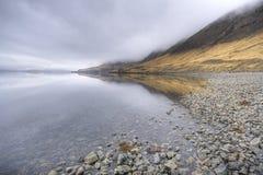 Fjord en Islande image libre de droits