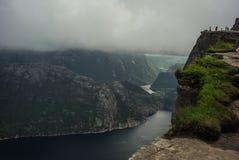 Fjord i nationalparken, Norge royaltyfria bilder