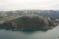 Fjord impressionnant et Preikestolen de Lysefjord en Norvège Scandinavie images stock