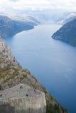 Fjord landskape in Noorwegen Stock Afbeelding