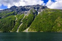 Fjord lodowa siklawy skandynawa krajobrazu seascape Obrazy Stock