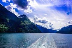 Fjord lodowa siklawy skandynawa krajobrazu seascape Obraz Royalty Free