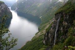 Fjord Noruega de Geiranger Imagens de Stock Royalty Free