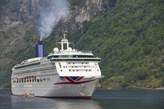 Fjord norweski krajobraz Rejs podróż Geiranger trasa visitant zdjęcie stock