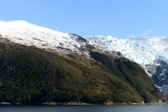 Fjord Pia das Archipel von Tierra del Fuego lizenzfreie stockfotos