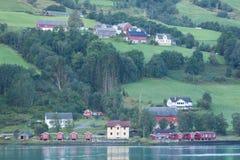Fjord-sida boningar Fotografering för Bildbyråer