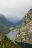 Fjord in Skandinavien stockbilder