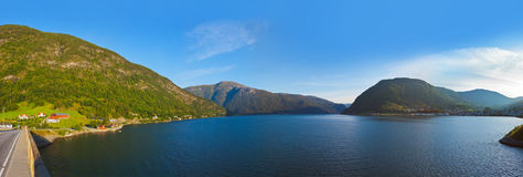 Fjord Sogndal - Noorwegen Stock Foto's