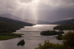 Fjord Tummel, Skottland fotografering för bildbyråer