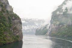 Fjordbergen Noorwegen Royalty-vrije Stock Afbeeldingen