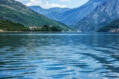 fjorde Seeansicht über Berge, Montenegro Lizenzfreies Stockbild