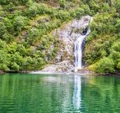 Fjorden in de Skandinavische aard van Noorwegen en Neroyfjord Royalty-vrije Stock Afbeeldingen