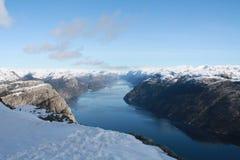 fjorden lysefjorden bergnorway vatten Royaltyfria Bilder