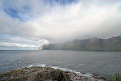 Fjordufer in Norwegen Stockfotografie